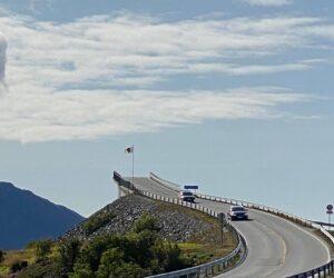 Διασχίζοντας τον Atlantic Ocean Road στη Νορβηγία!